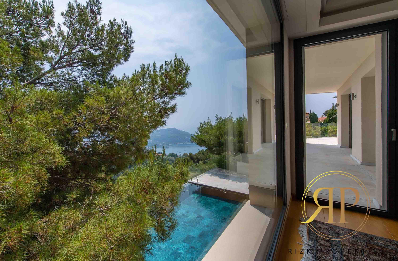 Exclusive Villa in Ville Franche sur Mer !