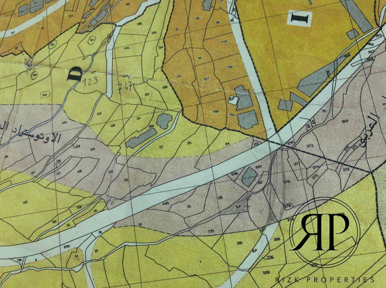 Lands for sale in Haret El Set - BAABDA