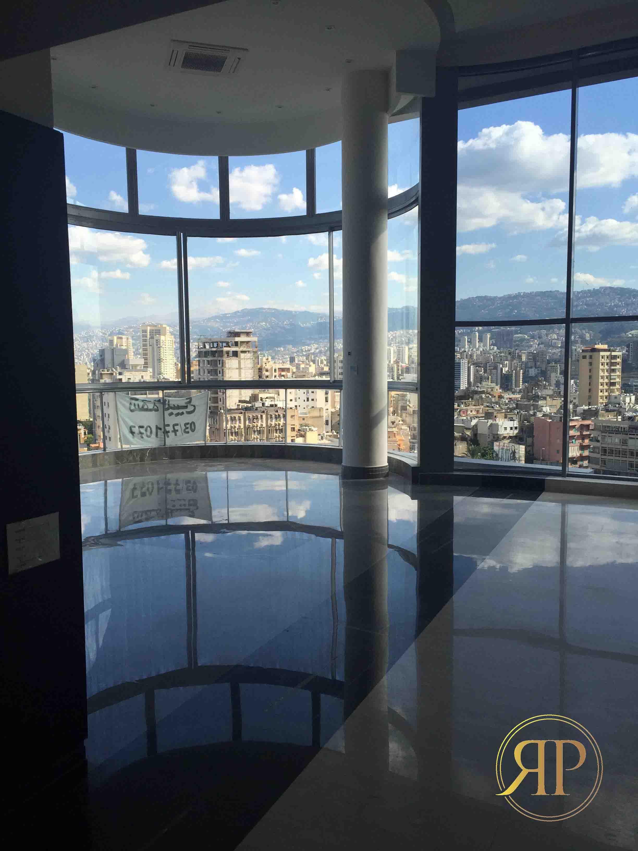 Outstanding Duplex in Beirut, Badaro